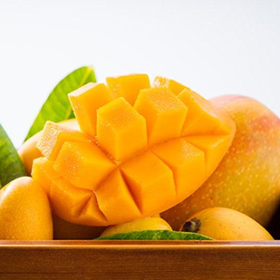 Is it safe for diabetics to eat mangoes? Check this diabetes diet guide